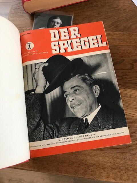 Original Erstausgabe Der Spiegel 1947 in gebundener Ausgabe.