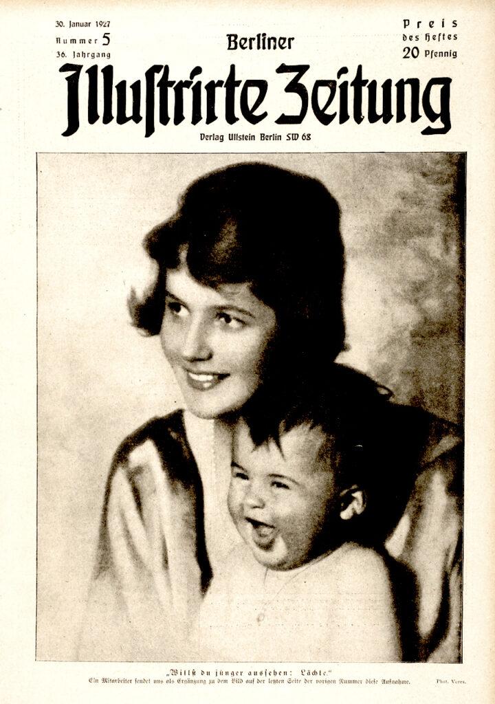 """Berliner Illustrirte Zeitung 30.1.1927: """"Willst du jünger aussehen: Lächle."""" Eine Mitarbeiterin sendet uns als Ergänzung zu dem Bild auf der letzten Seite der vorigen Nummer diese Aufnahme. Phot. Veres."""